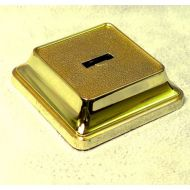 Square Base. Gold
